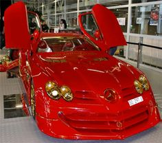 Bling Car: Mercedes SLR McLaren With 500 Rubies And 24K Gold that costs $4,300,000 to put together.