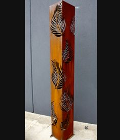 Palm Leaf Light - corten steel, shipping containers use corten steel exclusively for salt water corrosion resistance Plasma Cnc, Plasma Cutting, Metal Projects, Metal Crafts, Chandelier Light Shade, Contemporary Water Feature, Corte Plasma, Metal Worx, Laser Art