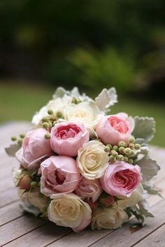 David Austin roses, we love using these in wedding bouquets x
