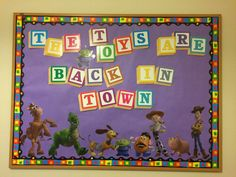 Toy Story Bulletin Board Back to School - All For Simple Hair Disney Bulletin Boards, Back To School Bulletin Boards, Classroom Bulletin Boards, Classroom Themes, Kindergarten Classroom, Toy Story Decorations, Ra Themes, Toy Story Crafts, Toy Story Theme