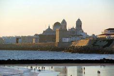 Catedral y Campo del Sur desde la Playa de Santa María del Mar