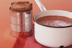 How do you cook chilli bean soup with corn bread? get instruction detail. Take soups from starters to the main event with this top recipe. Its hearty, tasty and budgetfriendly, too. Top Recipes, Bread Recipes, Beans And Cornbread, Tasty, Yummy Food, No Bean Chili, Bean Soup, Corn Bread