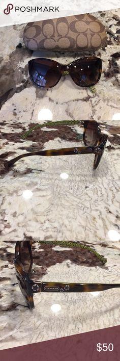 Coach sunglasses and case Tortoise shell coach sunglasses and hard case Coach Accessories Sunglasses