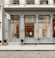 Chloé | New York - beautiful storefront painted in the most perfect shade of gray