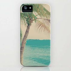 graphic iPhone case #PalmTree #iphone #Christmas http://www.trendhunter.com/