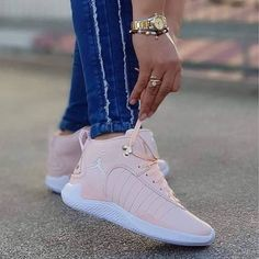 Image may contain: one or more people and shoes Cute Sneakers, Shoes Sneakers, Jordans Sneakers, Basket Style, Jordan Shoes For Women, Michael Jordan Shoes, Jordans Girls, Pink Jordans, White Jordans