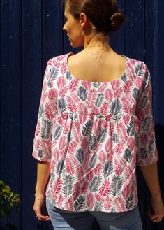 la blouse/le top Panama patron PDF (and english version) multi options - Maison Fauve Sewing Online, Panama, Top Les, Couture Tops, Logo Nasa, Dress Patterns, Floral Tops, My Style, Womens Fashion