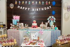 Toot sweet party table by Meri Meri- Cotton Candy!