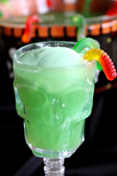 Swamp Juice: Halloween Party Punch | Quick Dish Recipes.  http://quick-dish.tablespoon.com/2010/10/19/halloween-drink-recipes-and-halloween-punch/