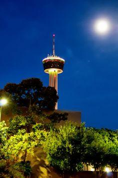 Tower of the Americas. San Antonio, Texas.