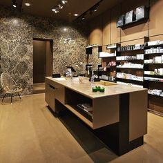 Entdecken Sie spannende Beautylabels bei Tobs, dem ganz besonderen Beauty Store in München-Haidhausen. @tobsbeauty #tobs #cremeguides #cremeguidesmunich #beauty #beautystore #store #beautylabel #cosmetics #münchen #empfehlung #münchenhaidhausen #organic