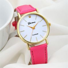 Delicate Hot! 2016 relogio feminino watch Vintage Women's Fashion Design Dial Leather Band Analog Geneva Quartz Wrist Watch 728