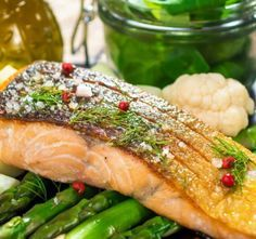Recept Pečený losos s chřestem Asparagus, Fish, Chicken, Meat, Vegetables, Studs, Pisces, Vegetable Recipes, Veggies