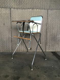 Hochstuhl Wisa Gloria Folding Chair, Vintage Furniture, Bar Stools, Home Decor, Armchair, Bar Stool Sports, Decoration Home, Room Decor, Counter Height Chairs
