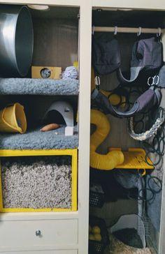 Custom rat cage with Deep perspex digging box, wardrobe conversion rat cage. Rat Cage Accessories, Pet Rats, Pets, Rat House, Rat Man, Gerbil, Diy Box, Rodents, Hamster Stuff