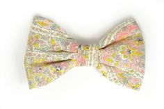 Our wedding winner bow tie. Pink, yellow and grey/blue is the perfect palette for spring-summer wedding. And Charles Eames loved those colors -ok, he loved all the colors. A real best seller, and a beautiful bow tie.