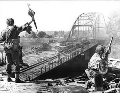 Very famous picture of the British 6th Airborne at Arnhem bridge 1944.