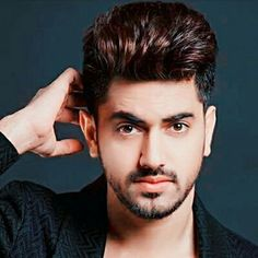Hyee mery hero Bollywood Actors, Bollywood Celebrities, Tv Actors, Actors & Actresses, Love Story Video, Friendship Songs, Cute Love Stories, Swag Boys, Zain Imam