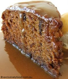 Exclusively Food: Sticky Date Pudding. Favourite sticky date cake r… Exclusively Food: Sticky Date Pudding. Favourite sticky date cake recipe. Added extra 60 g butter to sauce Just Desserts, Delicious Desserts, Yummy Food, Baking Recipes, Cake Recipes, Dessert Recipes, Cupcakes, Cupcake Cakes, Sticky Date Cake