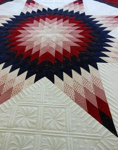 Star Quilt - novel way to break up those large setting triangles.Lone Star Quilt - novel way to break up those large setting triangles. Patchwork Quilting, Amische Quilts, Blue Quilts, Quilt Stitching, Star Quilts, Longarm Quilting, Free Motion Quilting, Scraps Quilt, King Quilts