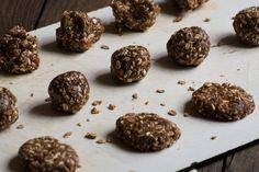 Delicious oatmeal peanut butter cookies before baking. http://www.vespresso.cooking/en/2015/12/oatmeal-peanut-butter-cookies/