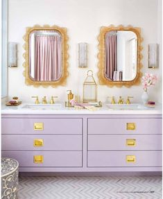 Purple Bathroom-fun and ooooh so different for a change from black/white baths