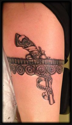 Sexy Garter Belt Tattoo Designs for Women 46 Awesome Garter Tattoos Lace Tattoo Design, Thigh Tattoo Designs, Tattoo Designs For Women, Thigh Garter Tattoo, Corset Tattoo, Garter Tattoos, Spine Tattoos, Body Art Tattoos, Tatoos