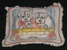 C. Dianne Zweig - Kitsch 'n Stuff: Vintage Vogart Pillows & Patterns Charm Collectors