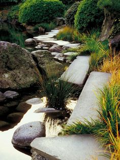 Outdoor-Room Design Styles : Outdoors : Home & Garden Awsome water feature with rocks