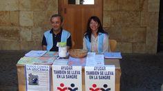 Todos contra la Leucemia, sábado 28 de junio de 2014. Mesa informativa sobre las enfermedades de la sangre.