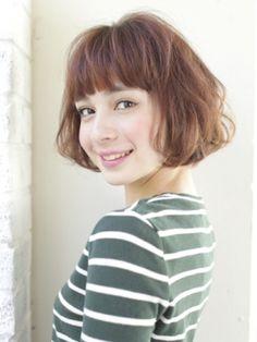 aiko風重めバング。aikoのキュートヘアのポイントといえば前髪☆aiko風ぱっつん前髪の参考一覧です♡
