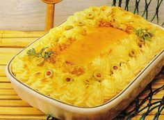 Recipes for Bacalhau (in Portuguese) Cod Recipes, Fish Recipes, Cooking Recipes, Portuguese Desserts, Portuguese Recipes, Portuguese Food, Spanish Cuisine, Fish Dishes, Savoury Dishes