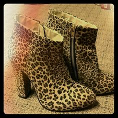 """Diba leopard print bootie Velvet fabric. Chunky 5"""" heels. Worn once...like new condition.  Man made materials. Diba Shoes Ankle Boots & Booties"""