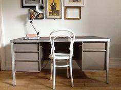 desk/workbench