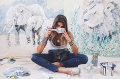 I am truly jealous of her life! Post image for Studio Tour: Step Inside Artist Sam Malpass's Bohemian World Artist Life, Artist At Work, Art Studios, Dark Art, Amazing Art, Awesome, Art Inspo, The Help, Art Photography