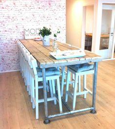 Steigerhout Furniture - Steigerbuizen bartafel Tarvold. Exclusieve steigerbuis tafels op maat gemaakt. - Steigerhout Furniture | Unieke steigerhouten meubelen & tuinmeubelen op maat gemaakt!