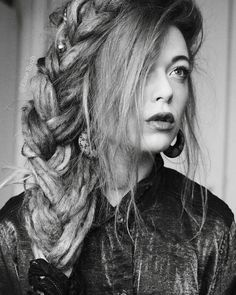 Dreadlock Hairstyle - Dreadstyles Girl with dreadlocks - Dread Plait Epic Hair, Dreads Styles, Hair Locks, Hair Creations, Dreadlock Hairstyles, Plaits, White Women, Locs, Boho Fashion