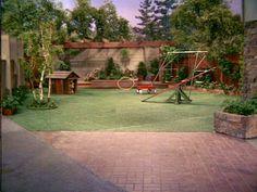 The Brady Bunch Backyard