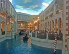 Las Vegas Venetian Gondolas - (c)Mark Kahler, under an arrangement with About.com