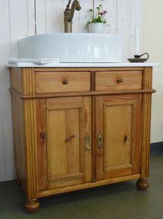 Alte Kommode   Jetzt Eine Waschkommode. Stilvoll Im Bad In Szene Gesetzt  Kommen Die Gäste