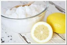 ** Day Spa Magazine's 'Must Have Body Scrub of ** Proven to fade sun spots, liver spots and even freckles, lemon is more than just a refreshing scent. This organic sugar scrub, infused with orga Sugar Hand Scrub, Sugar Scrub For Face, Sugar Scrub Recipe, Sugar Scrubs, Homemade Moisturizer, Face Scrub Homemade, Homemade Facials, Home Design, At Home Tattoo Removal