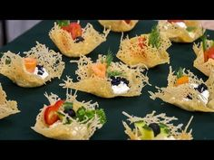 # salatki na imprezę Parmesan fantasies - interesting snacks Party Snacks, Appetizers For Party, Appetizer Recipes, Crab Stuffed Avocado, Light Summer Dinners, Comida Keto, Salad Dishes, Food Decoration, Easy Salad Recipes