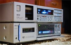 Akai GX-F91 & GX-9 Amplifier-Tuner and Cassette Tape Deck