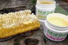 Bienenwachs ist das natürliche Wundermittel für schöne Haut. Hier erfährst du, warum auch du Bienenwachs in Deine Pflegeroutine integrieren solltest.