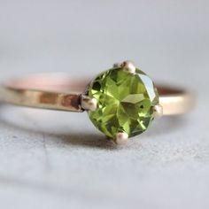 18K Gold Peridot ring - Natural peridot Ring - Engagement ring  $455.00