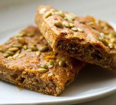Pumpkin Banana Bread Bars #vegan #breakfast