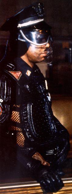 Blade runner policeman #BladeRunner