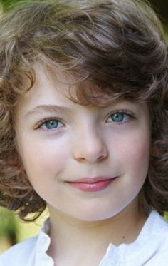 Romann Berrux has been cast as young Fergus.