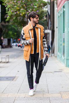 Look masculino total black com jaqueta de couro Osklen. Street Style, Men's Street Style