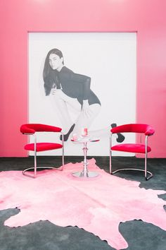 DREAM office space! stylish pink office @shoedazzle @kimkardashian